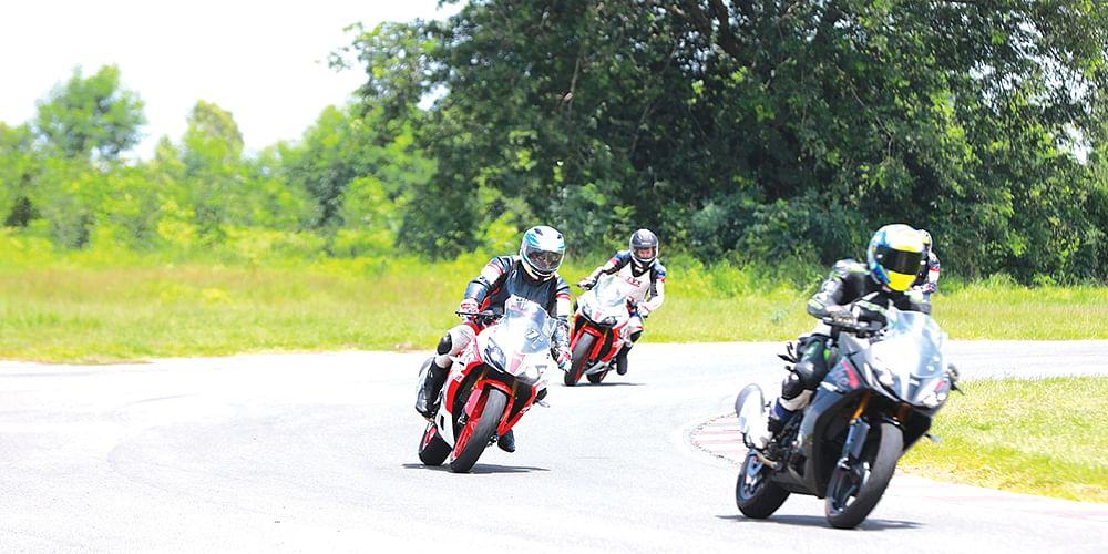 Track Ride Apache