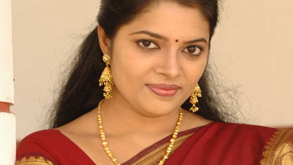 திருமதி செல்வம் - அபிதா