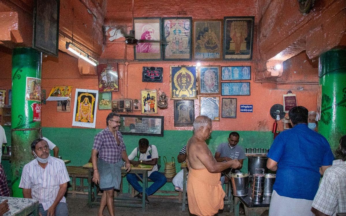 திருச்சி ருசி: பாம்பே காஜா, பன் அல்வா, அக்கார அடிசில் - 3 மணிநேரம் மட்டுமே இயங்கும் வெங்கடேச பவன்!