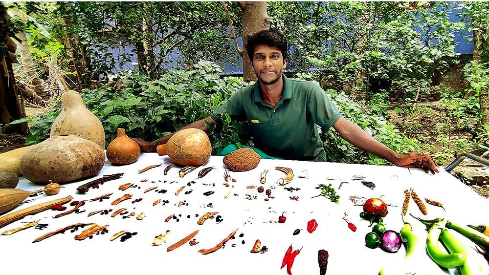 பாரம்பர்ய விதைகளுடன் சண்முகசுந்தரம்