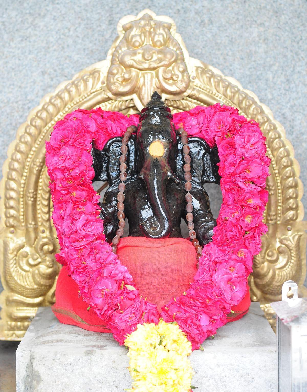 விநாயக மூர்த்தி