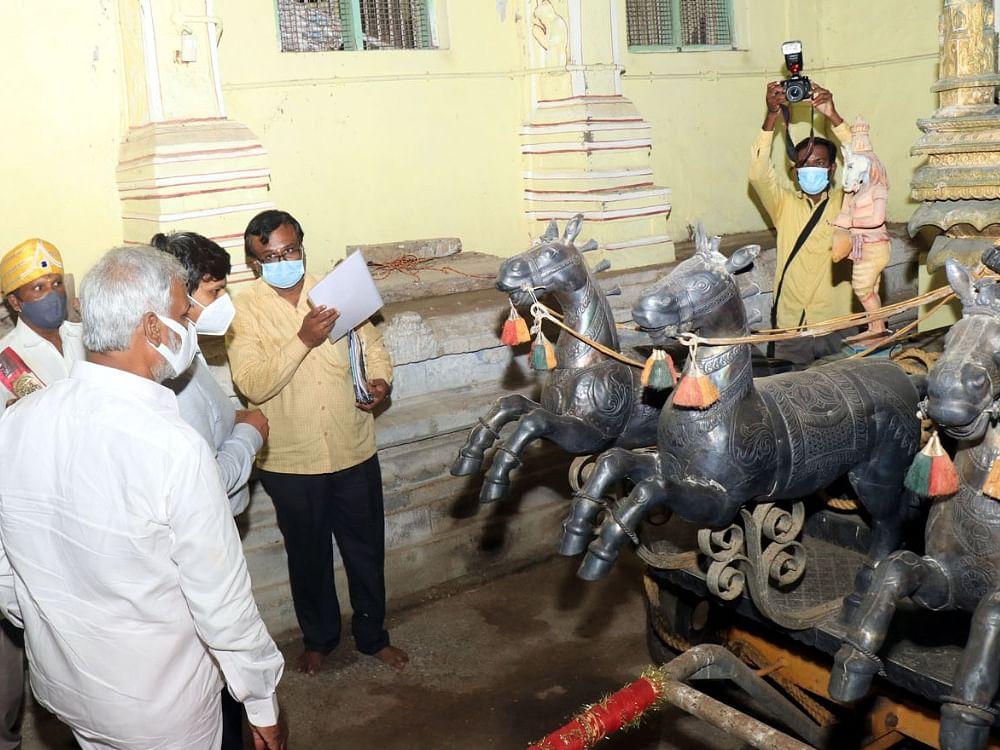 """``இதுதான் தங்கத்தேரா?"""" - ராமேஸ்வரம்   கோயிலில் அதிர்ந்த அமைச்சர் சேகர்பாபு!"""