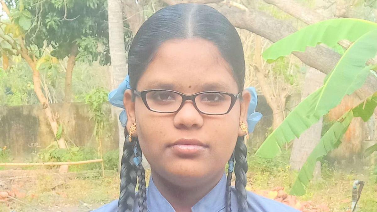 பள்ளி மாணவி கௌரி