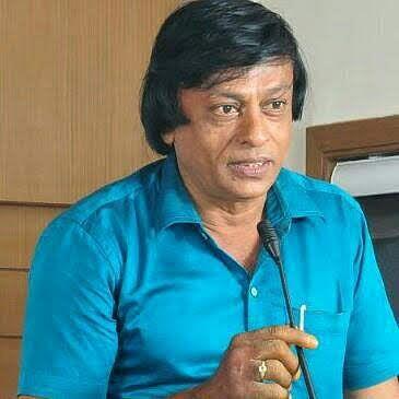 பழங்கால  நாணய சேகரிப்பாளரான ராஜராஜன்