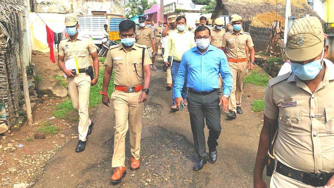 நாயக்கனேரி ஊராட்சிக்கு வந்த மாவட்ட ஆட்சியர் அமர்குஷ்வாஹா