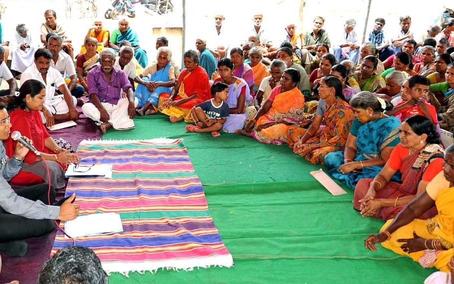 `கிராம சபை என்பது மக்களின் பாராளுமன்றம்!' - விழிப்புணர்வை ஏற்படுத்திய சமூக செயற்பாட்டாளர்கள்