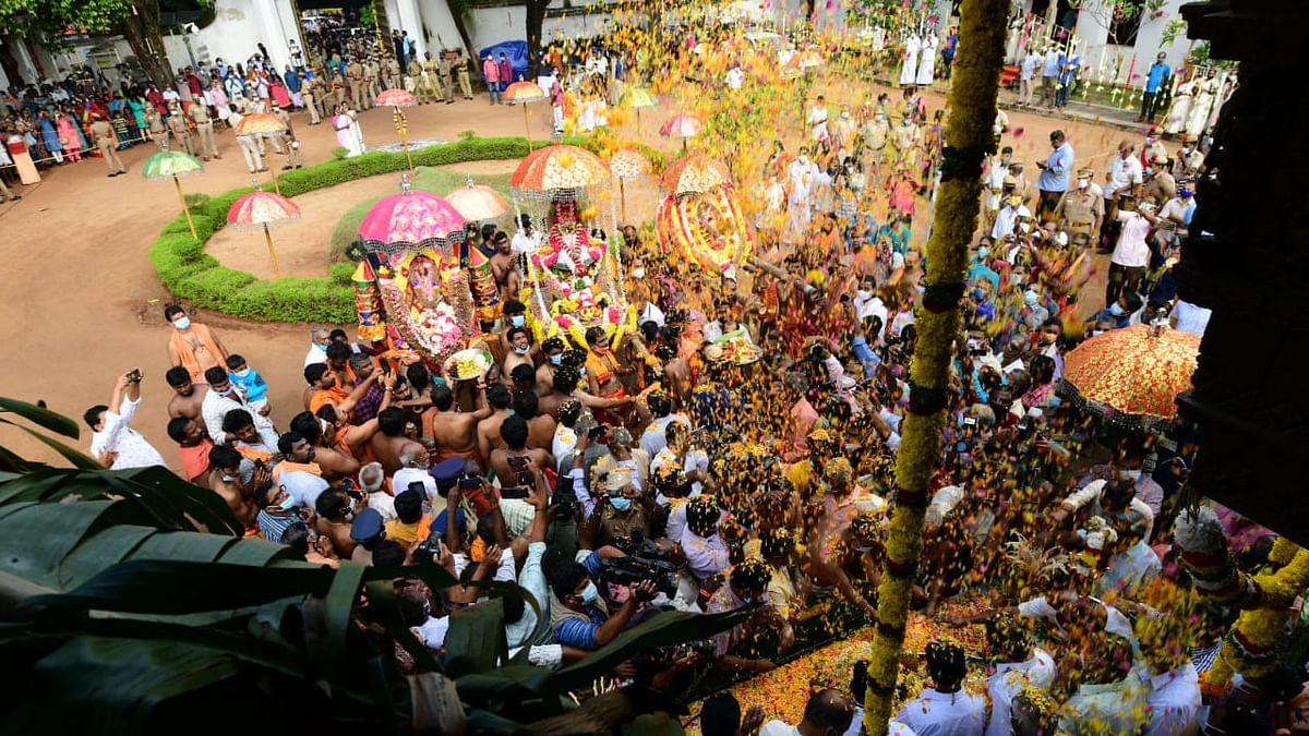 திருவனந்தபுரத்துக்குப் புறப்பட்டுச் சென்ற சாமி விக்கிரகங்கள்