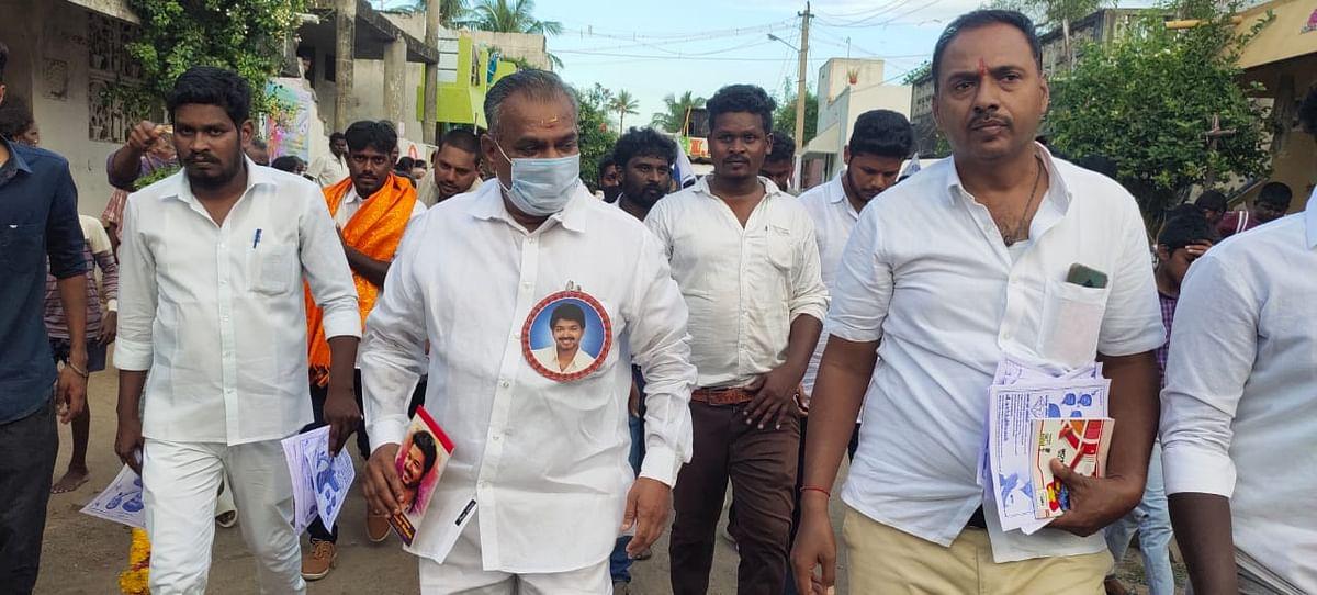 தேர்தல் பிரசாரத்தில் புஸ்ஸி ஆனந்த்