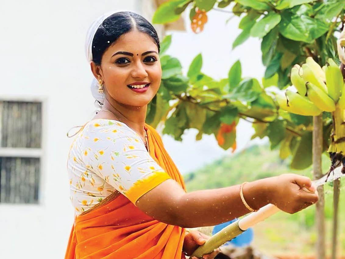 கோமதி பிரியா