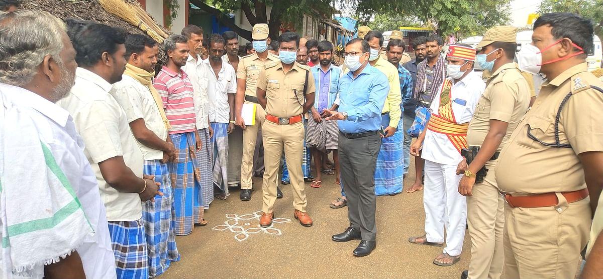 கிராம மக்களிடம் அறிவுறுத்திய மாவட்ட ஆட்சியர்