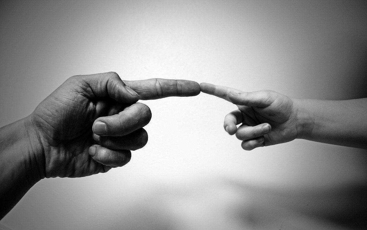 align fingers 71282 1280 Tamil News Spot