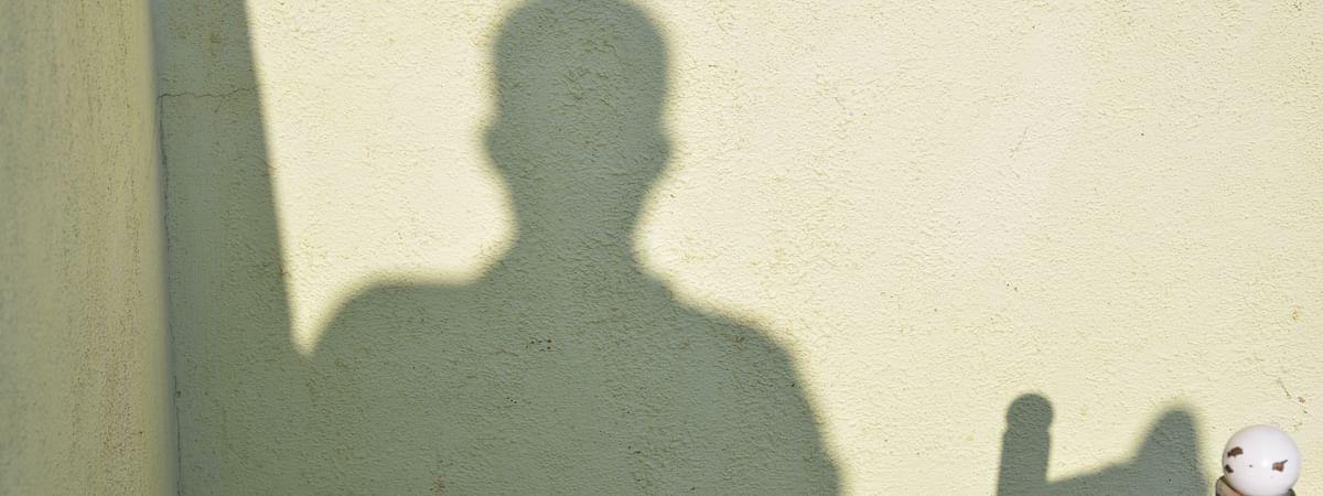 ক্লসট্রোফোবিয়া বা আবদ্ধতাজনিত ভয় বলতে কী বোঝায়?