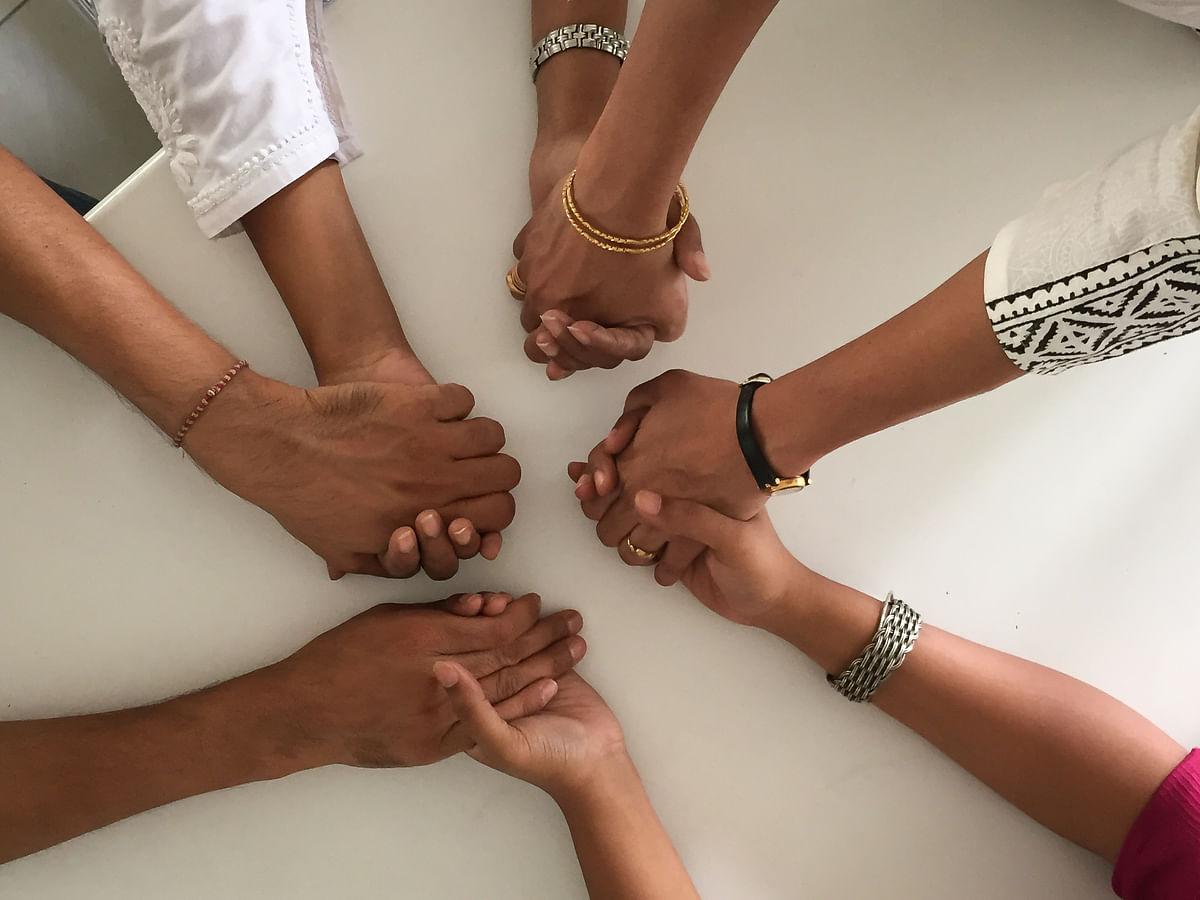 मुलाकात: सामाजिक संपर्क से मनोरोग से जुड़े लांछन को ख़त्म कर सकते हैं