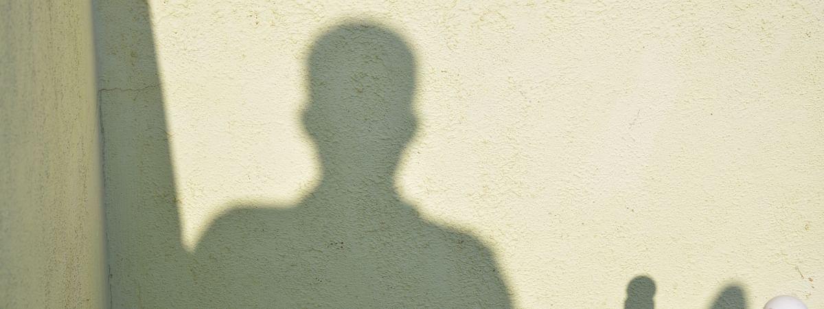स्किज़ोफ़्रेनिया से पीड़ित व्यक्ति से बातचीत
