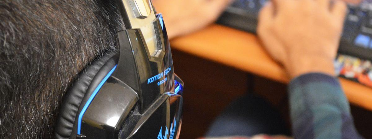 ನಿಮ್ಮ ಸ್ನೇಹಿತರ ಪೋಸ್ಟ್ ಗಳಿಗೆ ಲೈಕ್ ಒತ್ತುವುದರಿಂದ ನಿಮ್ಮ ಒತ್ತಡ ಕಡಿಮೆಯಾಗುತ್ತದೆ
