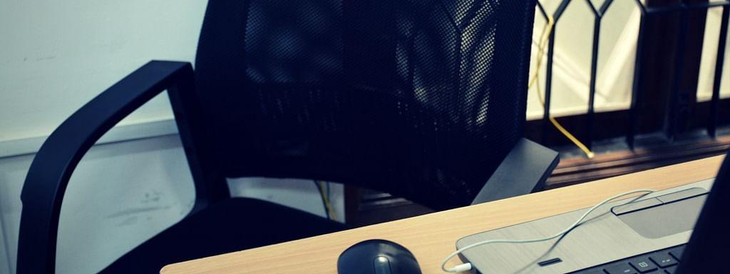 ഒരു ജീവനക്കാരന്റെ ആത്മഹത്യയെ തുടര്ന്നുള്ള സാഹചര്യത്തെ അഭിമുഖീകരിക്കല്