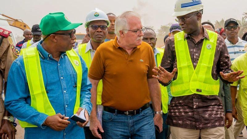 Lagos-Ibadan Expressway: Fashola extends Right of Way vacation order