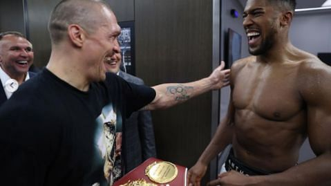 PHOTOS: Usyk returns Anthony Joshua's heavyweight title belts after win