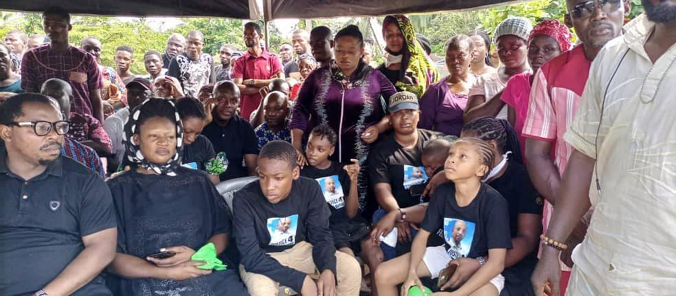 Slain Sowore's Brother Buried In Kiribo, Ondo
