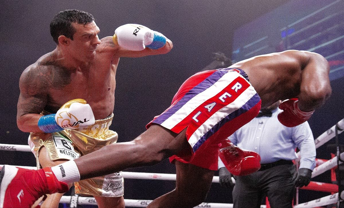 Fireworks as Belfort knocks out ex-heavyweight champion Holyfield