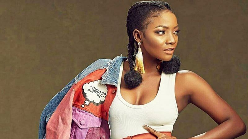 Simi replies troll who said she's fading while Ayra Starr remains favourite