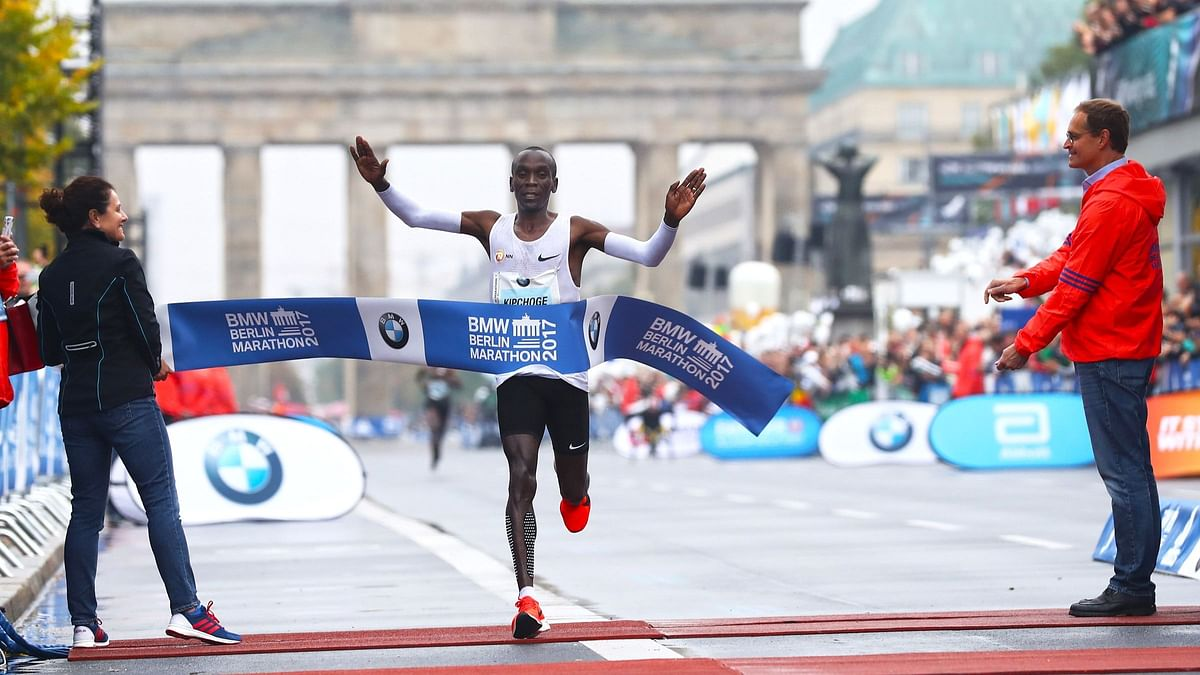 Adola wins as Bekele misses out on third victory at Berlin marathon