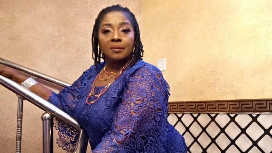 VIDEO: Say 'No' to fake nyash, Rita Edochie displays massive butt during twerking contest with two Nollywood actresses