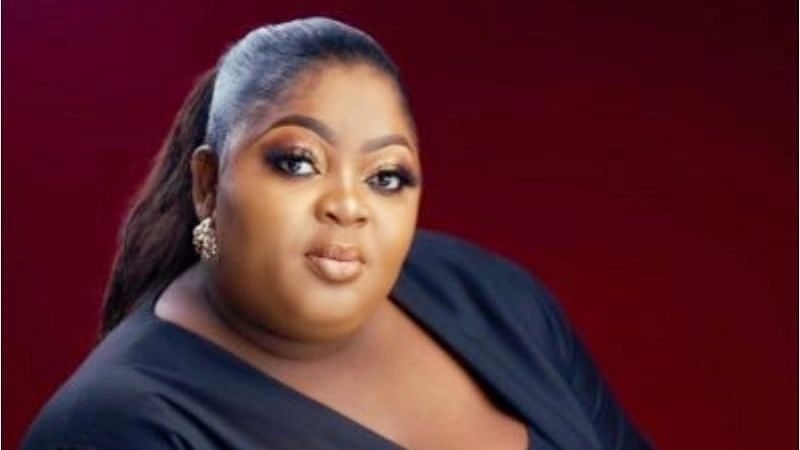 PHOTO: Everything I am today was what you dreamt, Eniola Badmus remembers late mum