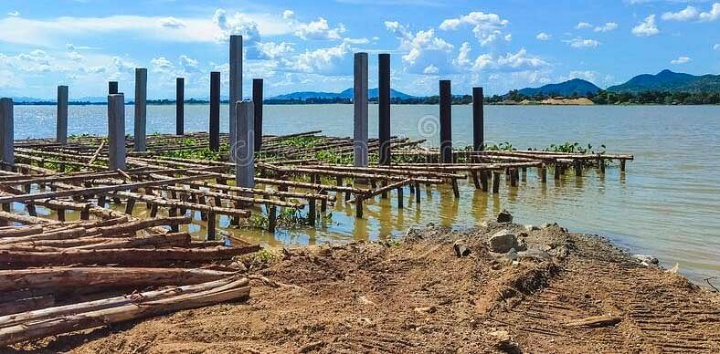 Scores of burial guests feared dead as landing jetty collapses in Rivers