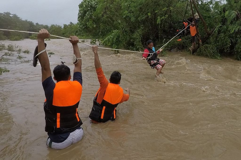 Death toll in Philippines storm rises to 19