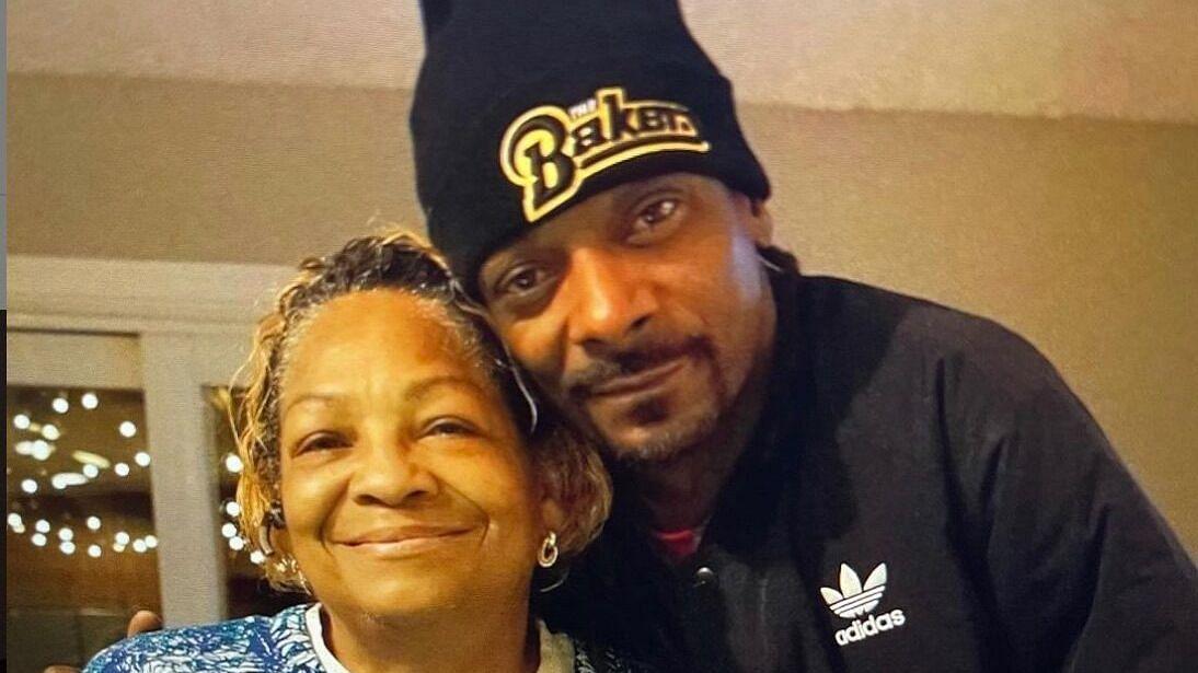 Snoop Dogg's mother is dead