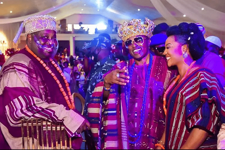 Dele Momodu with Kabiyesi The Oluwo of Iwo and a guest