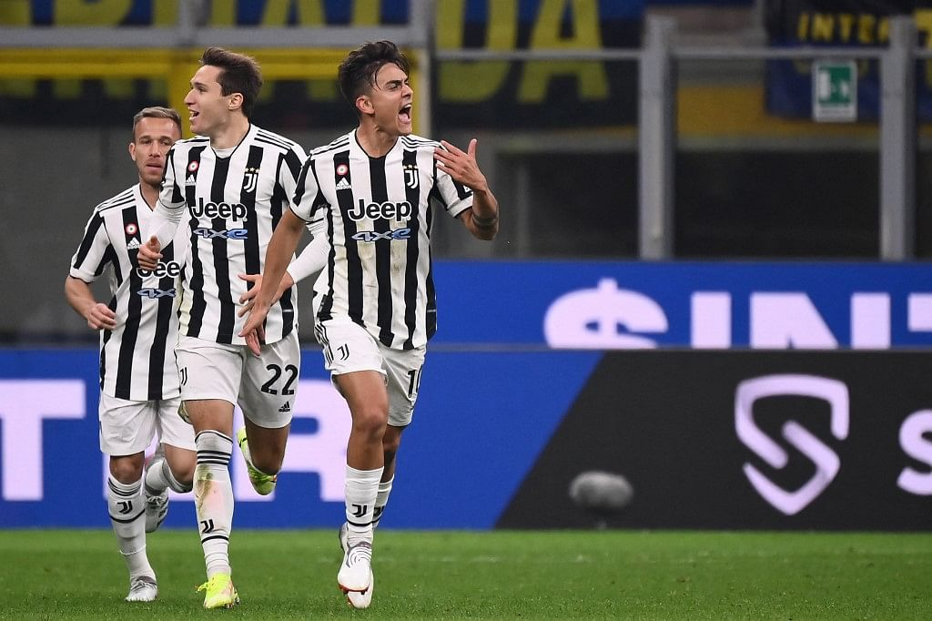 Dybala's controversial penalty saves Juve at Inter