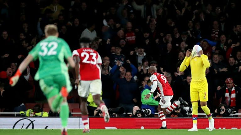 Lacazette's late equaliser rescues Arsenal in dramatic Palace draw