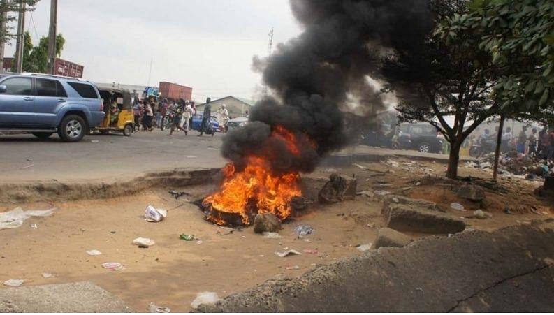 Mob set suspected burglar ablaze in Delta community