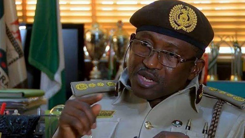 Passport: FG extends new regime by one week