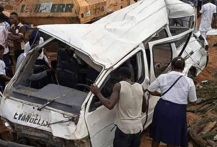 Lagos-Ibadan Expressway accident claims 13 lives