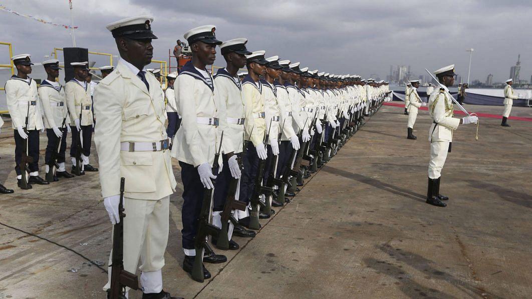 Navy warns against 'fake' online recruitment list