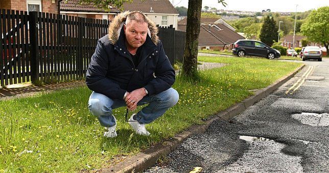 Disgruntled driver demands £300 from govt after potholes damaged his car