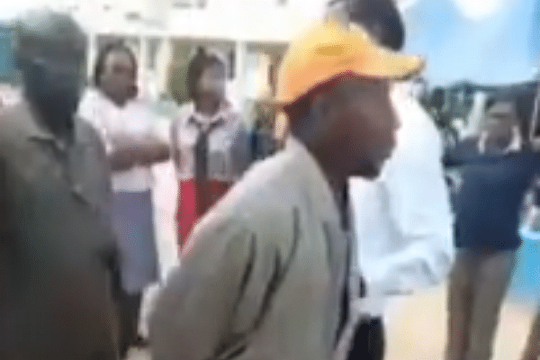 VIDEO: Suspected kidnapper disguised as parent caught trying to abduct Abuja school kids