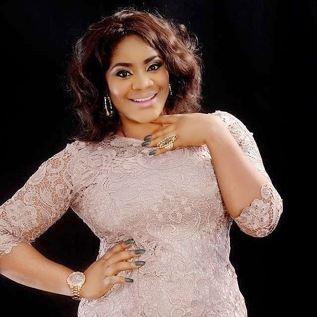 Uche Ogbodo shares loved-up video with her baby daddy