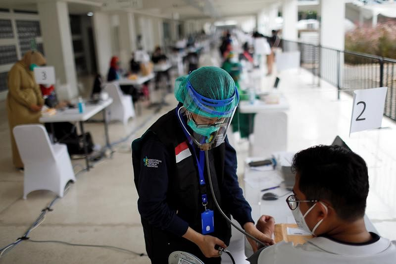 Indonesia commences private vaccination scheme against COVID-19