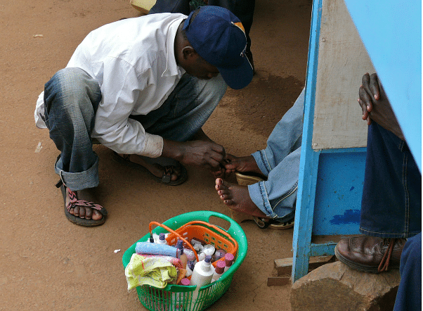 I make N45,000 monthly – 19-year-old nail cutter