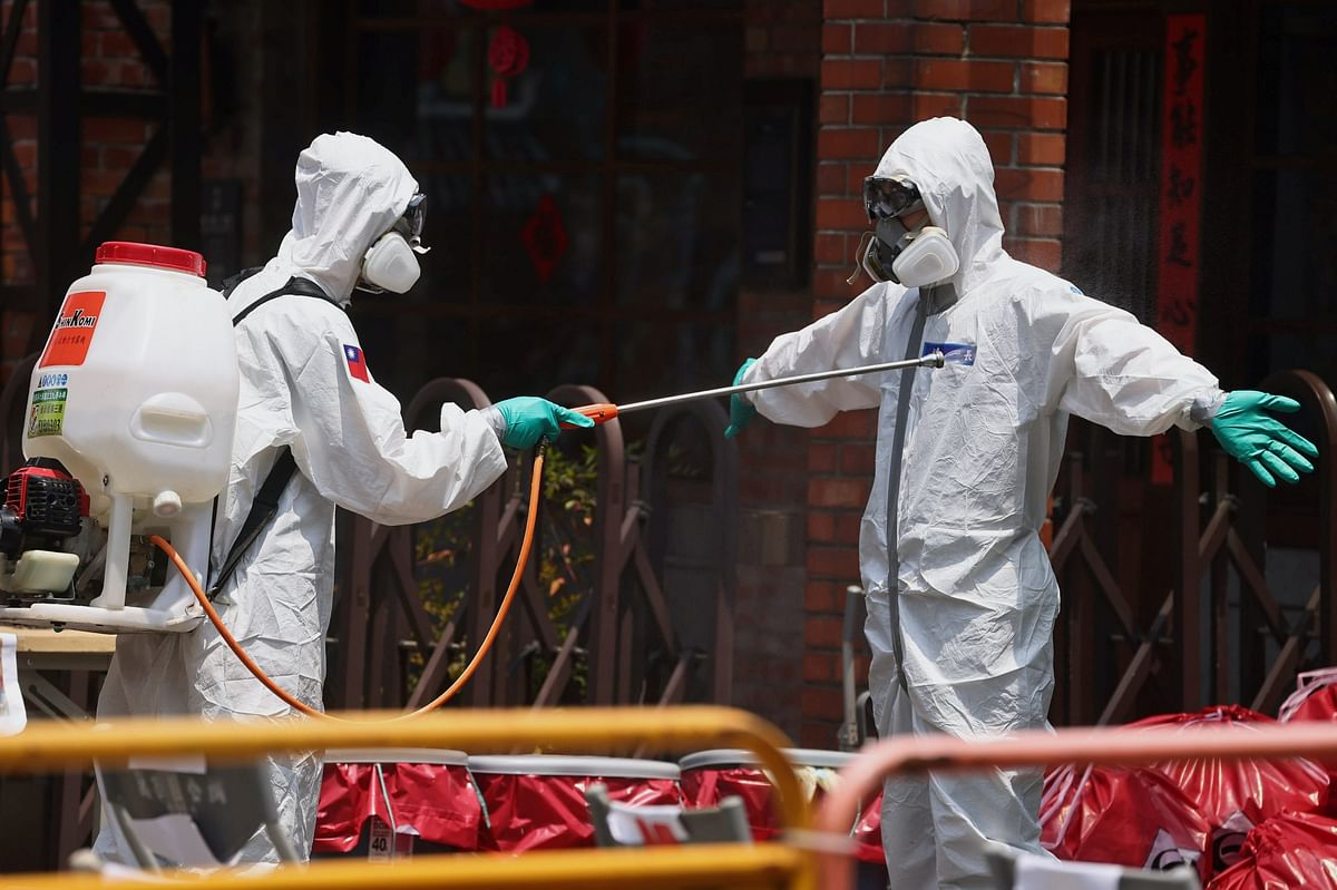 Taiwan battles resurgence of fresh coronavirus cases