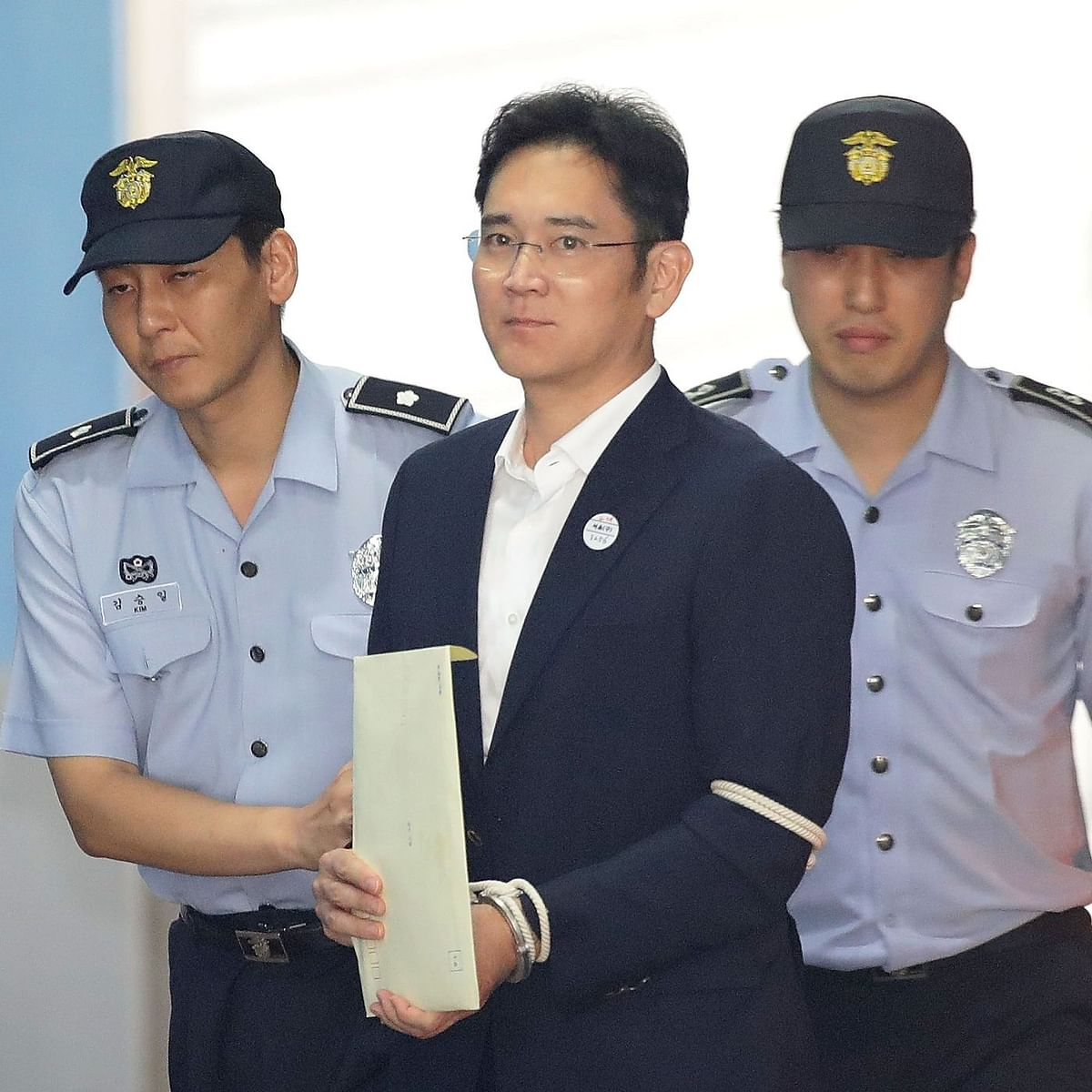 Samsung chief faces trial for alleged abuse of prescription drug