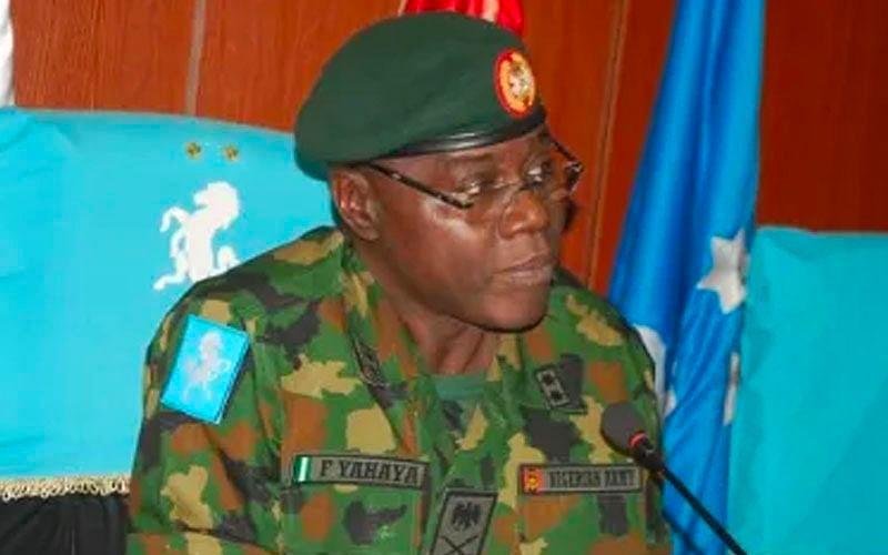Farouk Yahaya: Army debunks rumour of mass military retirement