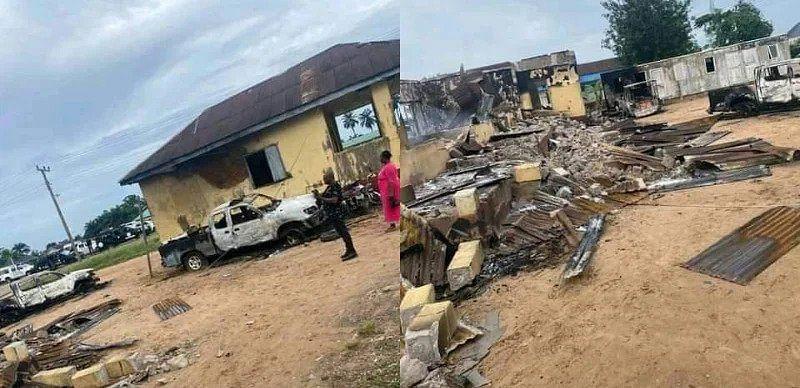 Hoodlums raze Delta police station, patrol vehicles with explosives