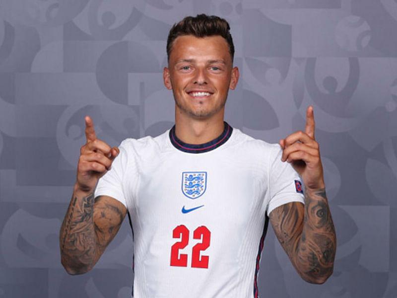 Arsenal's £50m bid for Brighton's Ben White accepted