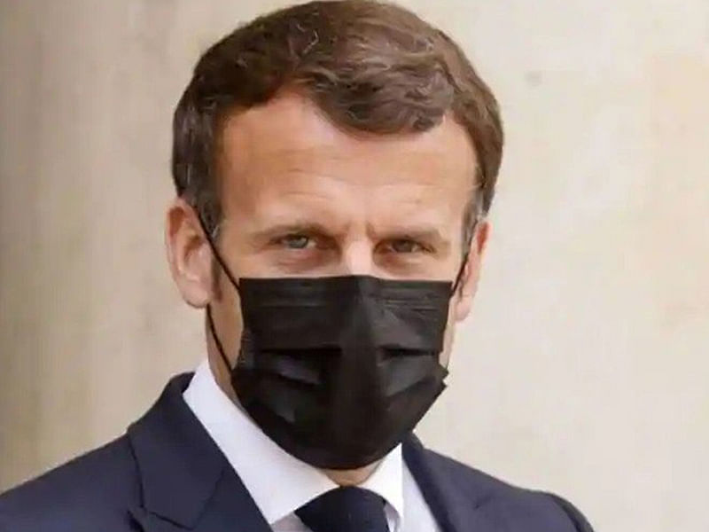 French president arrives in Tokyo for Olympic opening ceremony