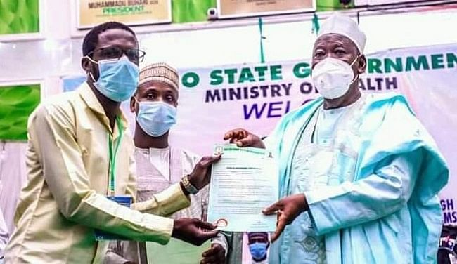 Gov Ganduje presents appointment lettersto 56 doctors, health workers